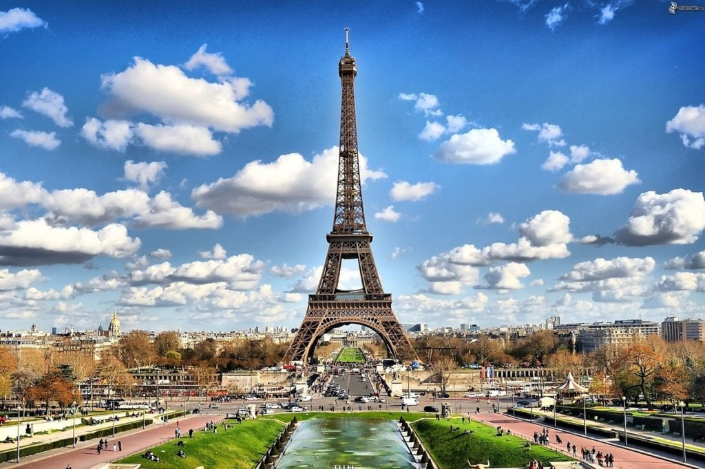 famous buildings eiffel tower